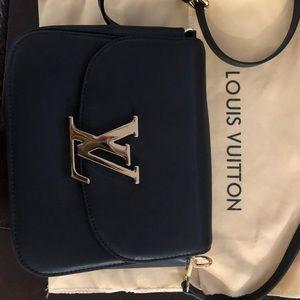 Crossbody bag, worn once!
